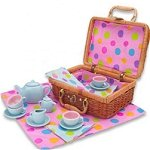 Tea Set in Basket small